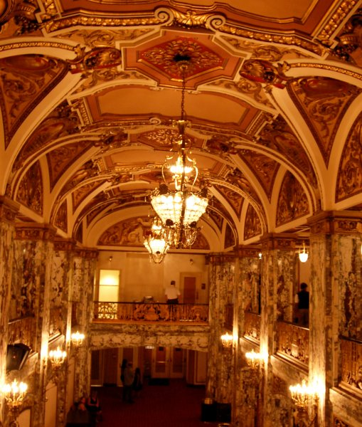 cadillac palace theatre. Cars Review. Best American Auto & Cars Review